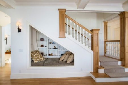 ruang bawah tangga: 6 ide jenius untuk memanfaatkannya